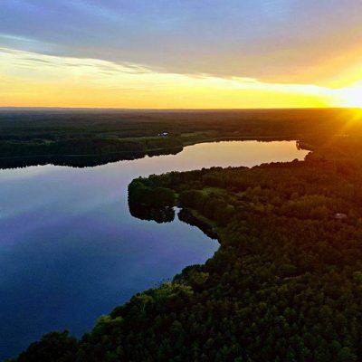 Jezioro Chłop z lotu ptaka, fot. Karol Witkowski