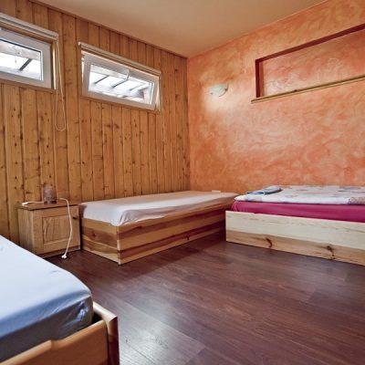 pokój przy sali - 3 osobowy